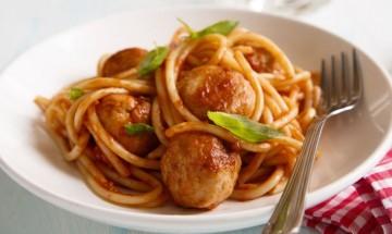 Zdrava kuhinja - Špageti s purećim okruglicama